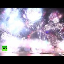 Fireworks from around the world: Happy New Year!