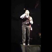 WATCH: Justin Timberlake's Reaction to Fan Flipping Him Off!
