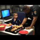 5-year-old buys lunch to thank police