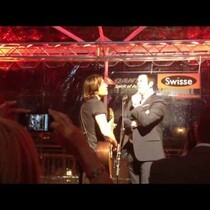 Keith Urban and John Travolta Sing The Beatles