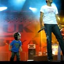 VIDEO - Luke Bryan & Son Perform Together
