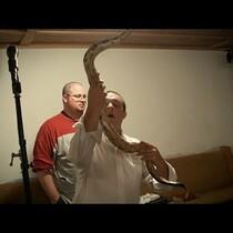 Snake handling preacher dies from SNAKE BITE