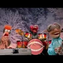 Muppets Sing Jingle Bells