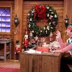 Chris Pratt Sings 'Jingleforks' On Jimmy Fallon