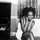 Lauryn Hill Explains To Fans Why Notoriously Late To Shows