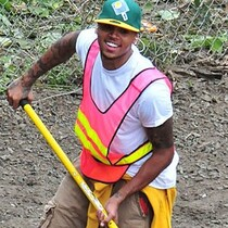 Chris Brown Fakes Community Service?