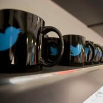 Inside Twitter's Amazing Home Office