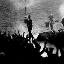 U2 Rai$e$ $3mil in 2 days.