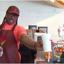 WATCH: Vernon Davis Works Undercover At A Jamba Juice
