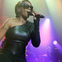Mary J. Blige Sued Over No-Show