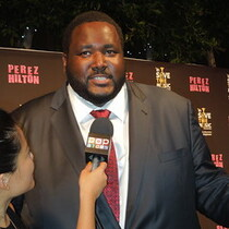 Blind Side star kicked off plane for being over weight.
