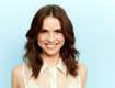 Teen Wolf Actress Creates Accidental Optical Illusion At Comic-Con