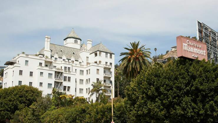 Ex-Worker at Chateau Marmont to Arbitrate Discrimination, Harassment Claims