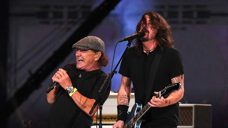 """Foo Fighters Team Up with AC/DC's Brian Johnson on """"Back in Black"""" (Video)"""