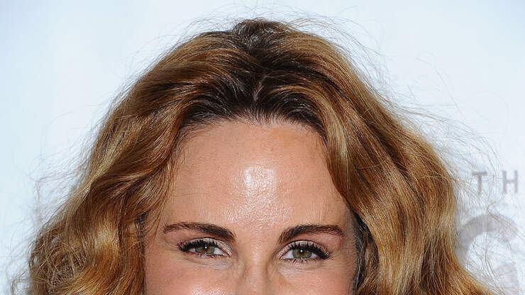 Actress Tawny Kitaen Dies at 59; Starred in MTV Videos, `Bachelor Party'