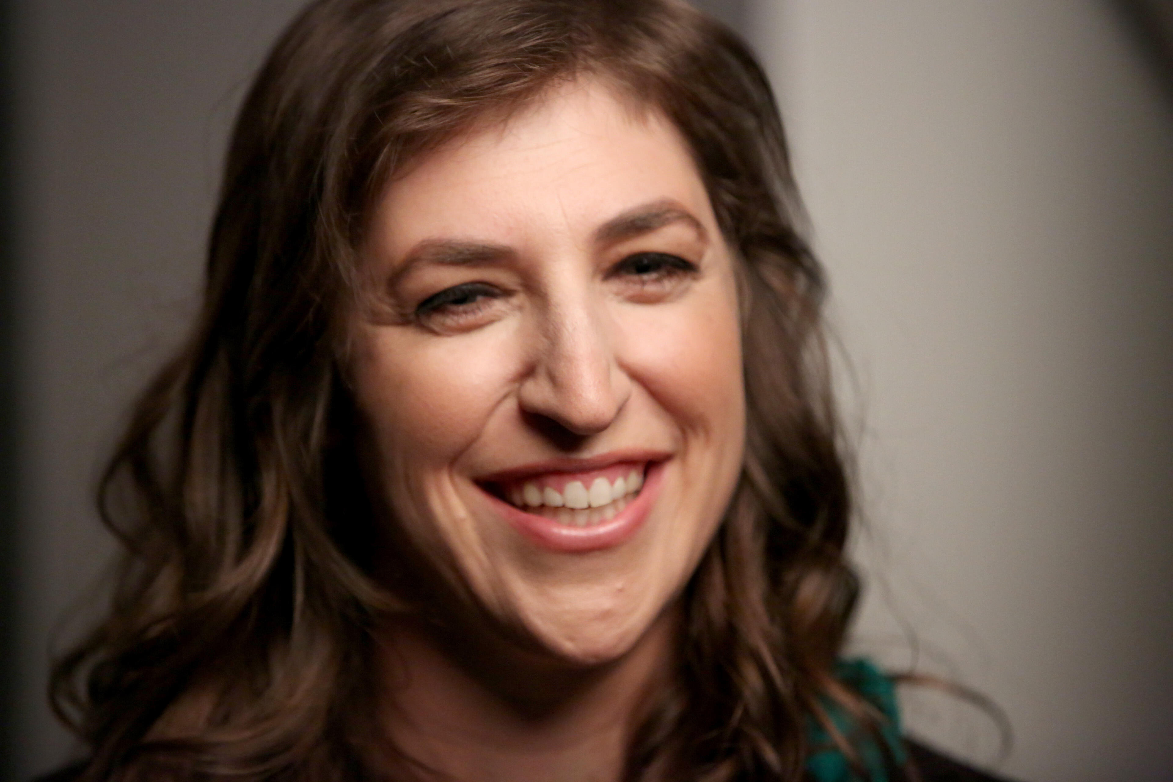 Ohio Woman To Compete On 'Jeopardy!' Episode Hosted By Mayim Bialik   iHeartRadio