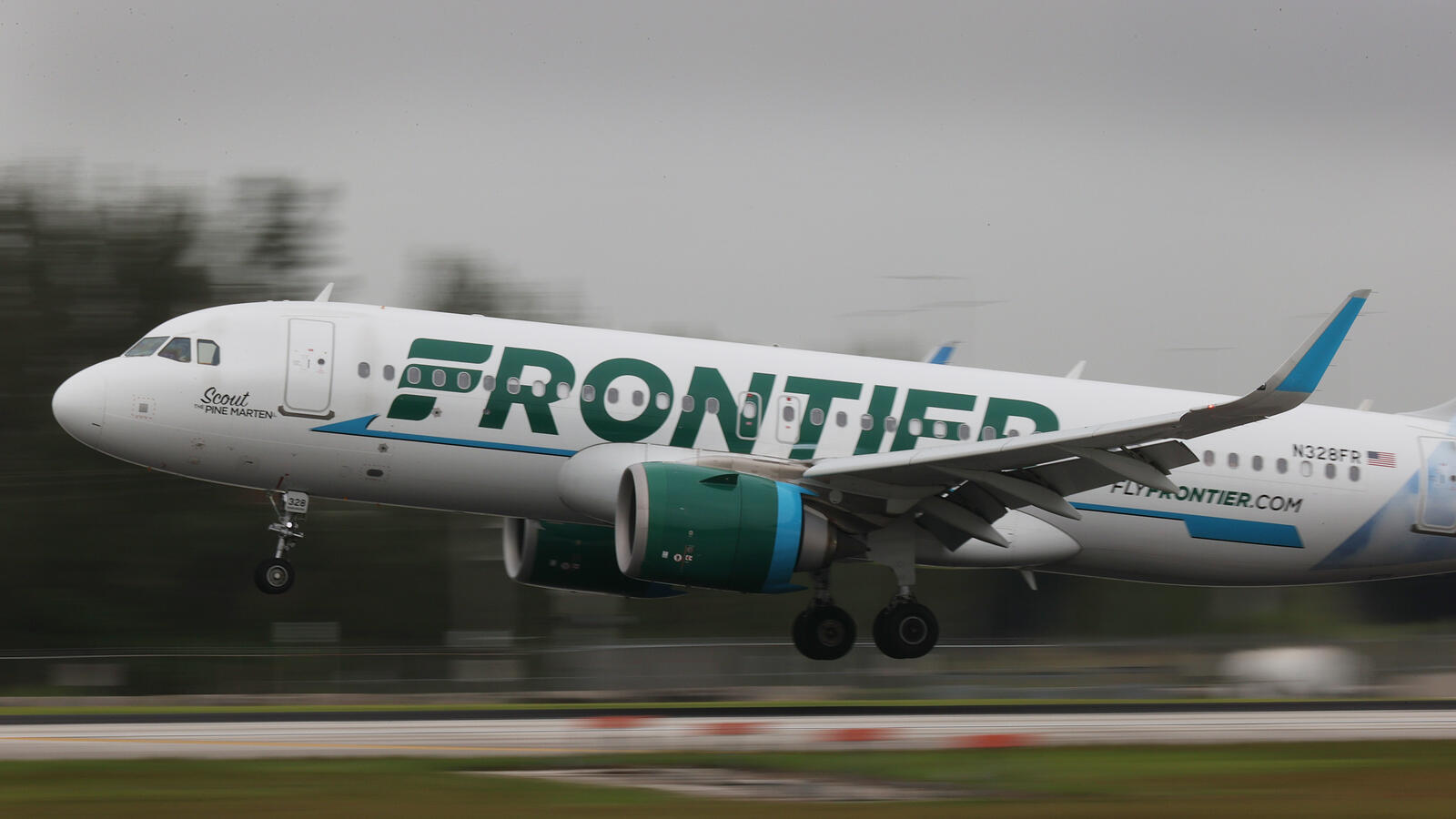 Unruly passenger duct-taped to seat after attacking flight attendants.     KFI AM 640