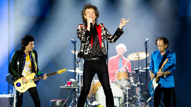 'Let's Have A Drink To Charlie' Rolling Stones Honor Late Drummer On Stage