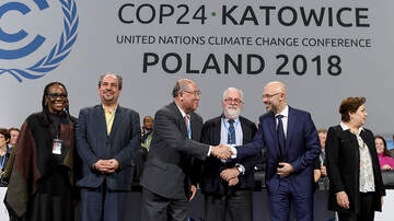 Breaking News - Nations At UN Climate Talks Back Universal Emissions Rules