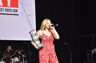 Lauren Alaina Performance Photos at Sunday in the Country 2019