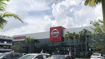 Photos - Lucyl Cruises On Over To Greenacres Nissan
