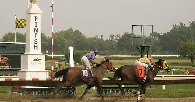 Suffolk Downs Horse Racing
