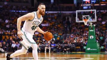Sports - Celtics Trade Aron Baynes To Phoenix Suns