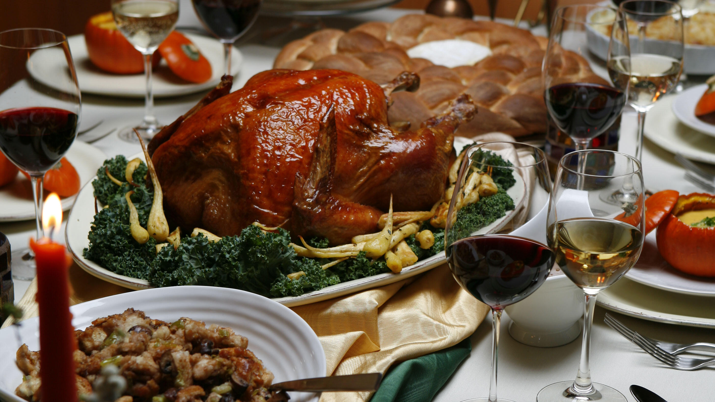 A feast for thanksgiving dinner, photographed in the LAT studio, Friday, Nov. 2, 2007.  (Photo by Jay L. Clendenin/Los Angeles Times via Getty Images)