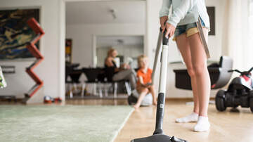 Brittany Blog (58600) - Mom's 'Challenge' For Husband or Kids to clean Is a Hysterical Fail