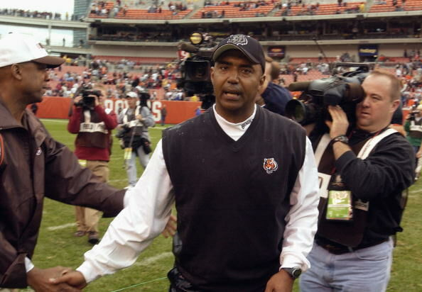 Marvin Lewis is congratulated