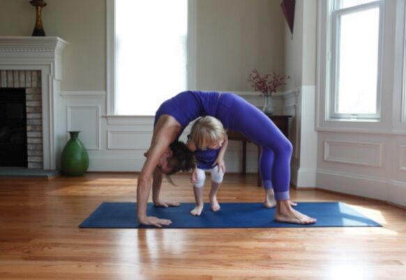 Yoga with kid Getty
