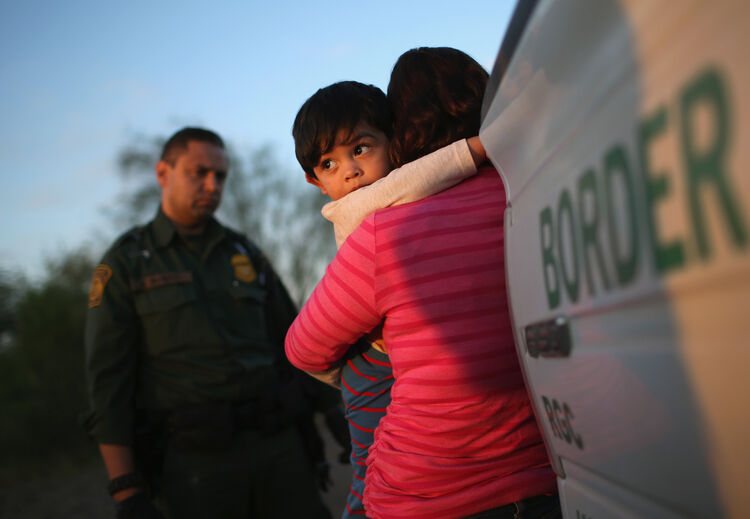 Border Security Arrests Families