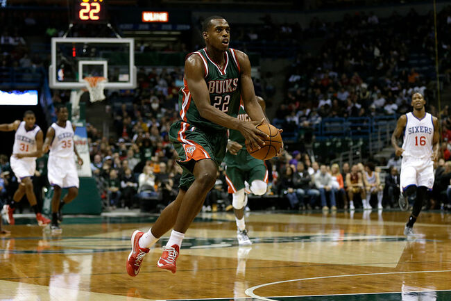 Philedelphia 76ers v Milwaukee Bucks