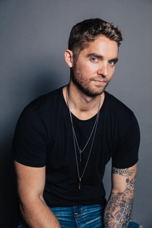 Interview Brett Young On Debut Album Song Meanings Iheartradio