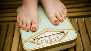 Amy James - Registered Dietician's Advice for Avoiding Holiday Weight Gain