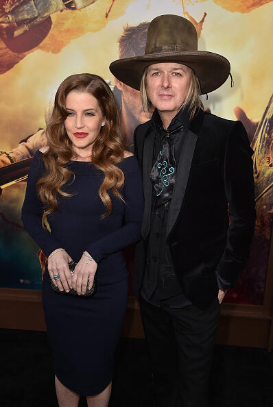 HOLLYWOOD, CA - MAY 07:  Lisa Marie Presley (L) and musician Michael Lockwood attend the premiere of Warner Bros. Pictures'