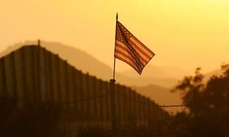 Noticias Nacionales - Militia Spokesperson Charged With Impersonating U.S. Border Patrol Agent