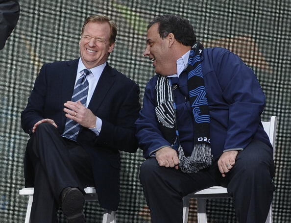 NFL Commissioner Roger Goodell and New Jersey Governor Chris Christie laugh during a ceremony on February 1, 2014 at Times Square in New York where the NY/NJ Super Bowl Host Committee leaders will join with city and state dignitaries to ceremoniously hand