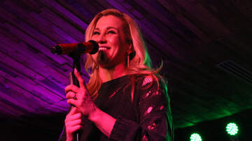 Photos - Kellie Pickler At Cowboy's Saloon In Destiny USA!