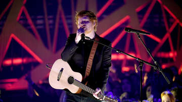 Ryan Seacrest - Watch Ed Sheeran's 'Shape of You' & 'Castle On The Hill' Set At #iHeartAwards