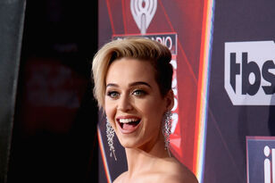 Poor Katy Had Quinoa In Her Teeth Last Night On The Red Carpet