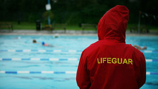 London's Outdoor Swimming Pools