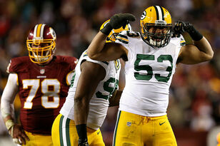 Green Bay Packers re-sign LB Nick Perry