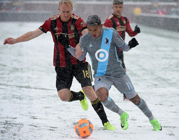 MINNEAPOLIS, MN - MARCH 12: Johan Venegas #11 of Minnesota United FC controls the ball against Jeff Larentowicz #18 of Atlanta United FC during the first half of the match on March 12, 2017 at TCF Bank Stadium in Minneapolis, Minnesota. (Photo by Hannah Foslien/Getty Images)