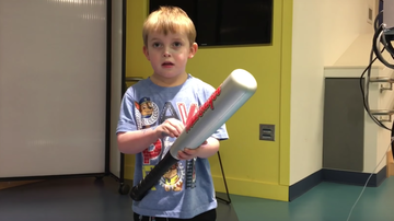 Spanish - 5-Year-Old's Reaction to Getting a New Heart is so Emotional