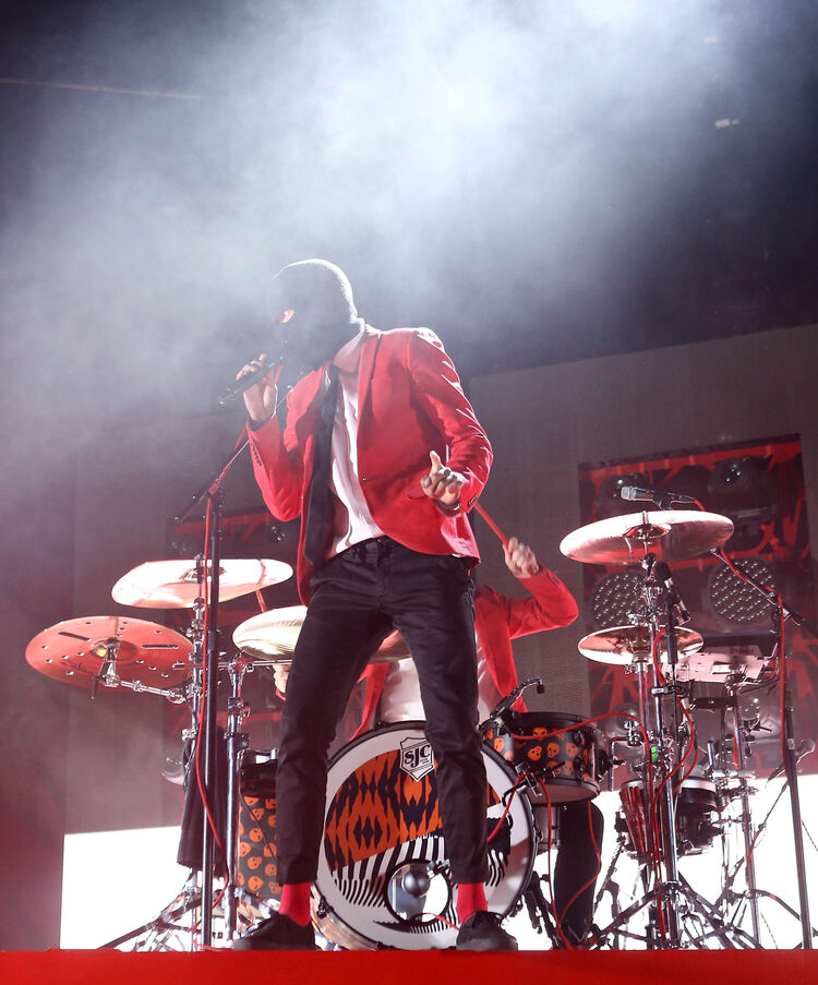 Twenty One Pilots Performs At The Forum
