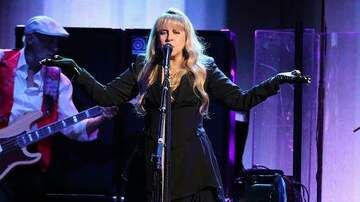 Jan Michaels - Stevie Nicks talks about how cell phones are ruining the present