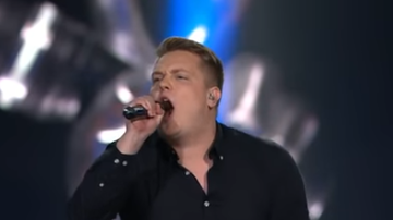 Leftovers - Watch 'The Voice' Finland Competitor Earn a Chair Turn for Covering Slipknot