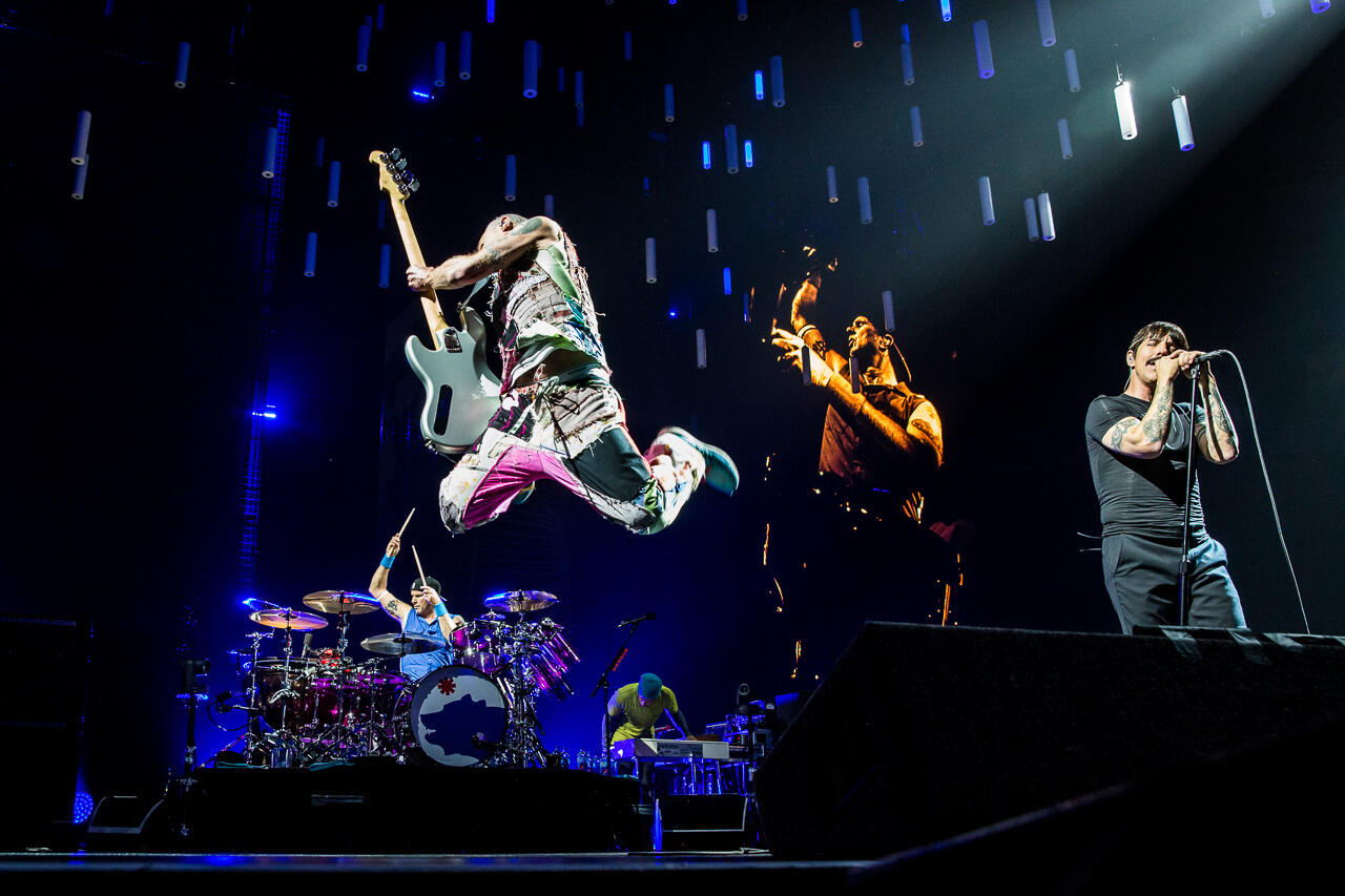 Red Hot Chili Peppers at KeyArena in Seattle, WA on March 17, 2017. Photo by Sunny Martini.