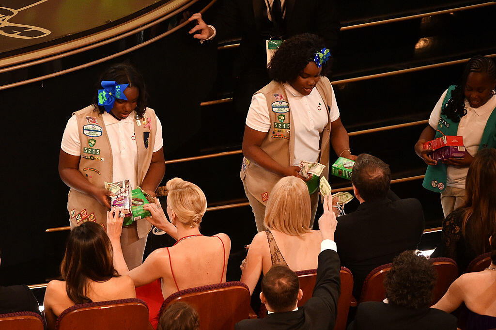 HOLLYWOOD, CA - FEBRUARY 28:  Girl Scouts sell cookies to audience members during the 88th Annual Academy Awards at the Dolby Theatre on February 28, 2016 in Hollywood, California.  (Photo by Kevin Winter/Getty Images)